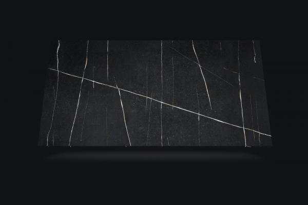 Silestone Eternal Noir plaat.png